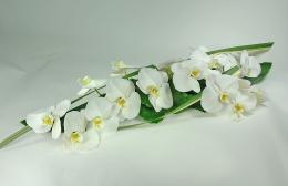 Centre de table d'honneur en orchidées mariage