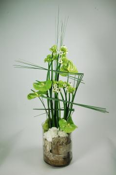 Composition florale contemporaine